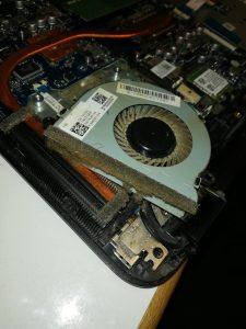 Laptop Lüfter reinigen / Reinigung eines Laptops