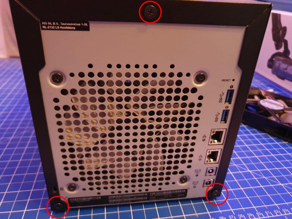 WD My Cloud PR4100 Gehäuse öffnen