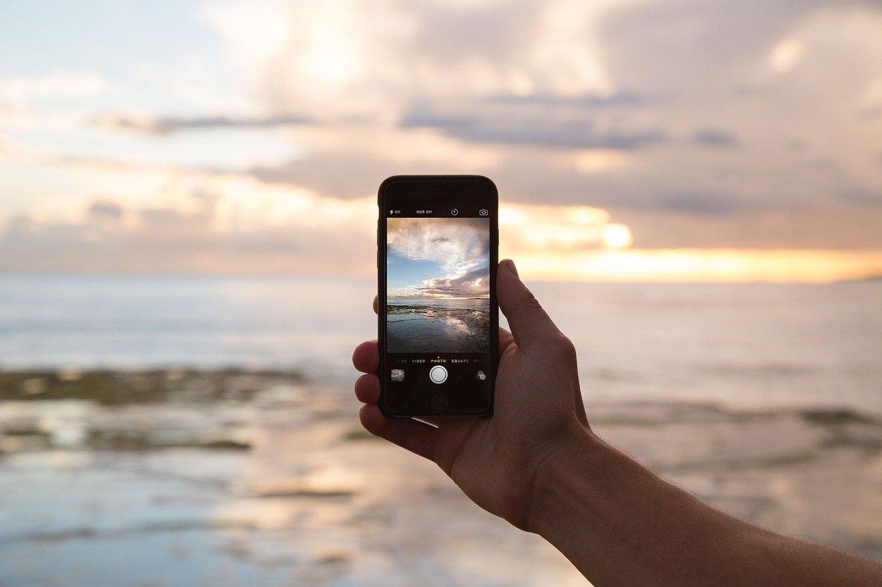 Smartphone, Handy und Tablet Wasserschaden